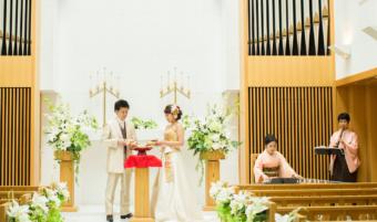 和婚だからって和装?お好きな衣裳で和の人前式