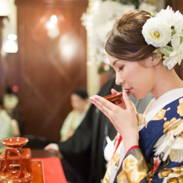 神社で神前式と和装人前式の違い。バリアフリーという視点。