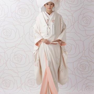 和婚ヘアスタイル!綿帽子と角隠しどっちを選ぶ?