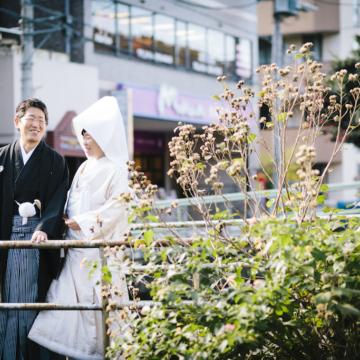 花嫁だけが身に纏うことができる白無垢と色打掛。花嫁衣装にかける想い。